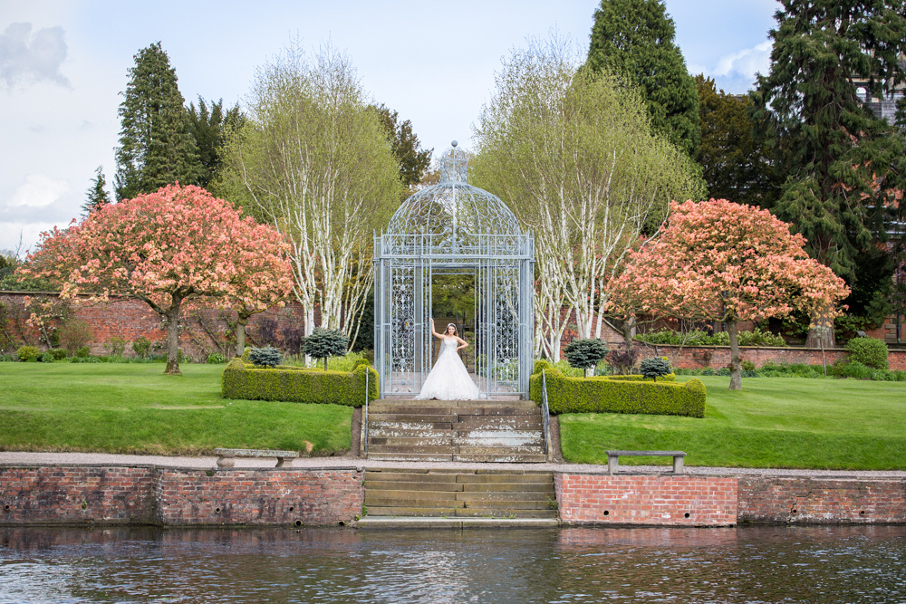 Cheshire Waterside Wedding