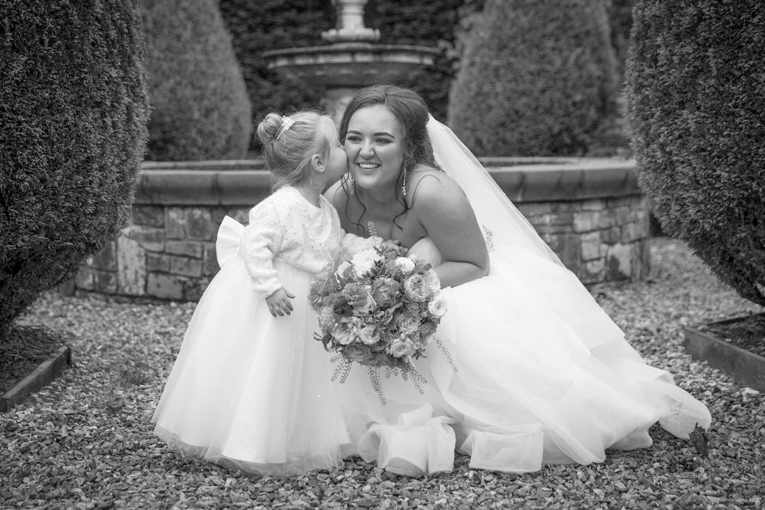 Bride and Niece Photo