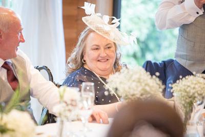 cheshire photographer wedding speech photos