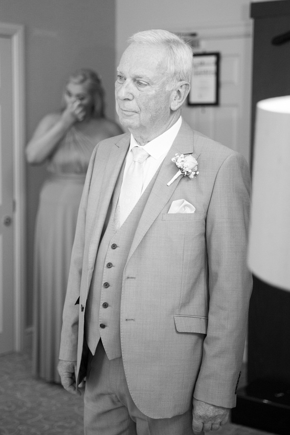 Father of bride wedding photos